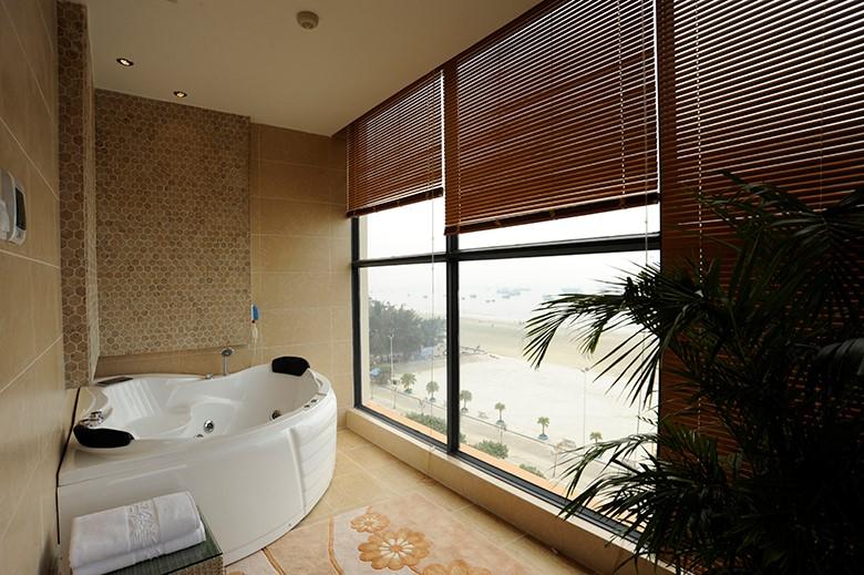 总统套浴室
